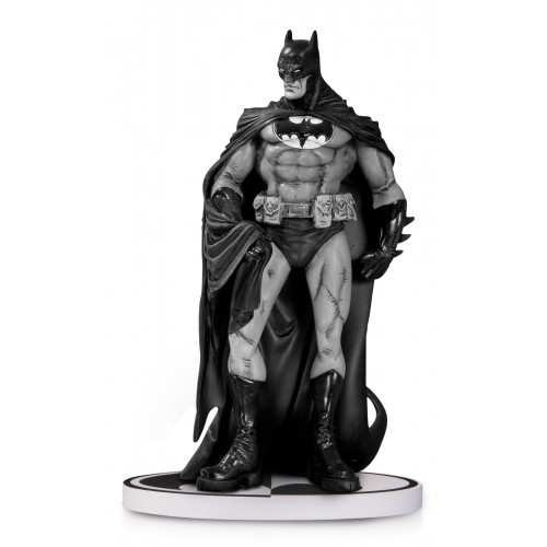 BATMAN BLACK & WHITE STATUE BY RISSO 2ND EDITION 1