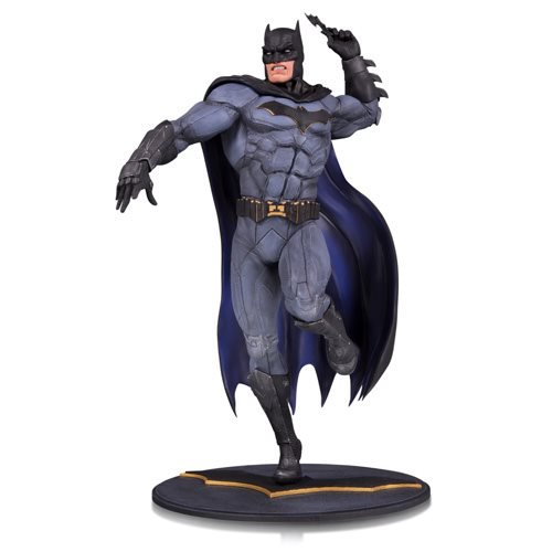 BATMAN DC CORE PVC STATUE 1