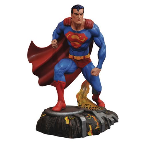 STATUE EN PVC SUPERMAN VERSION BD DC GALLERY 1
