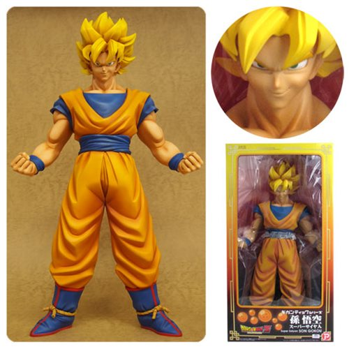 DRAGON BALL Z SUPER SAIYAN GOKU GIGANTIC SERIES 1/4 SCALE STATUE 1