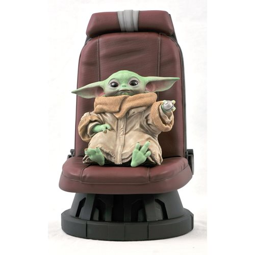 STAR WARS THE MANDALORIAN CHILD IN CHAIR 1/2 SCALE STATUE 1